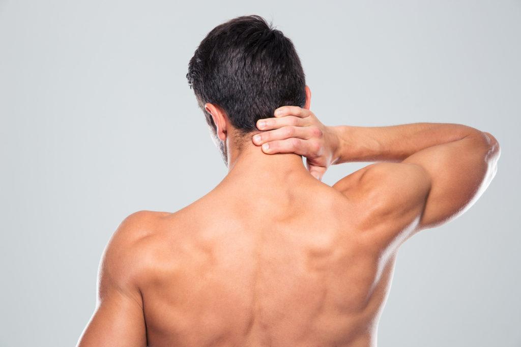 Mann - Hals und Nacken