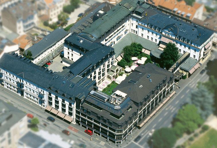 Blick aus der Luft auf den Europäischen Hof